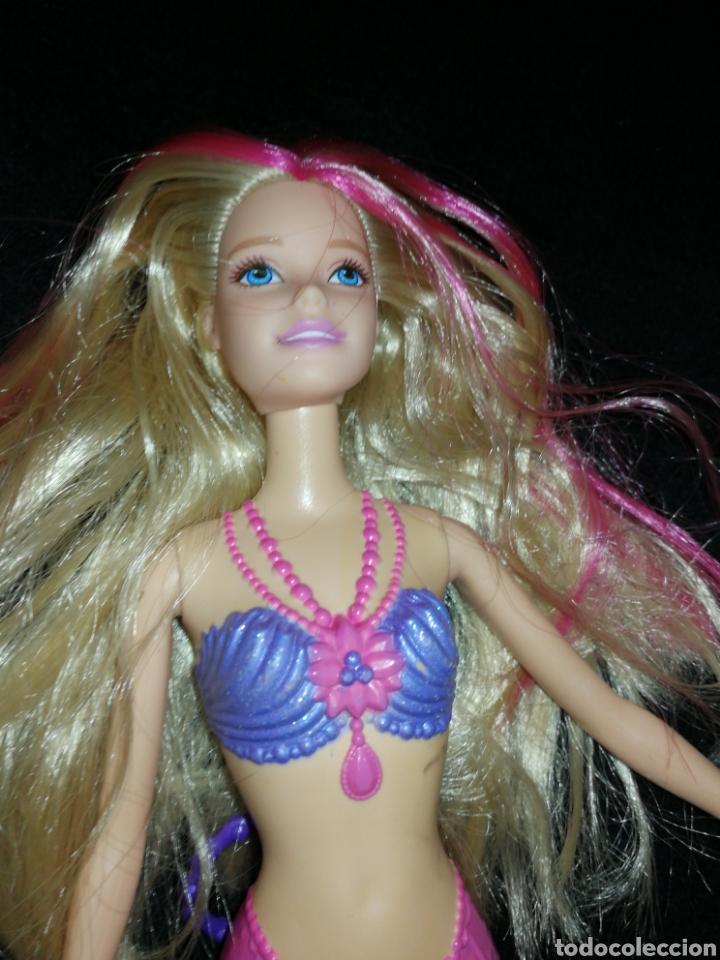 Barbie y Ken: BARBIE SIRENA DE MATTEL, LA COLA DE SIRENA ALETEA DEBIDO A LA ANILLA DE LA CINTURA. - Foto 2 - 237403345