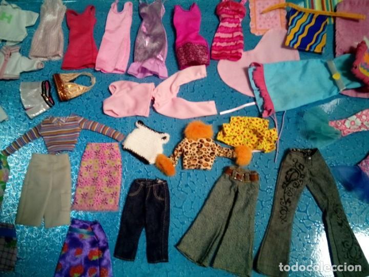 Barbie y Ken: LOTE BARBIE. ROPA DIVERSA. TODA LIMPIA LAVADA. PIEZAS ESPECIALES. - Foto 2 - 238338940
