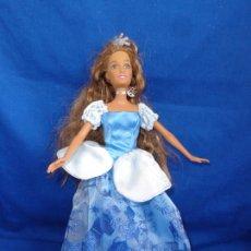 Barbie y Ken: BARBIE - MUÑECA BARBIE NEGRA AÑO 1998 VER FOTOS! SM. Lote 240465785