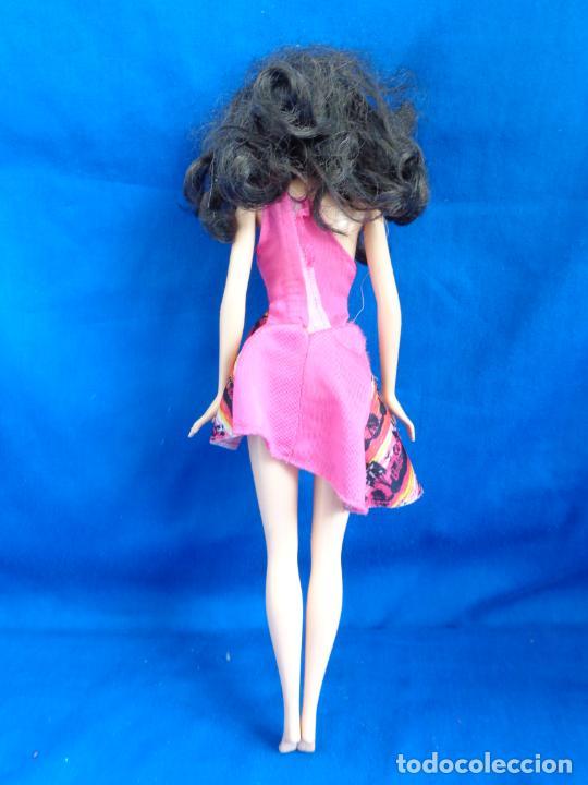 Barbie y Ken: BARBIE - BONITA BARBIE AÑO 2010 MADE IN INDONESIA VER FOTOS! SM - Foto 6 - 240467565