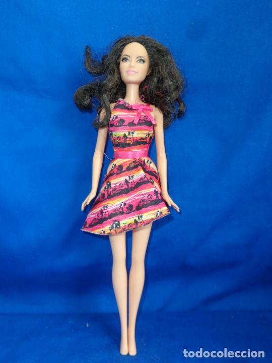 Barbie y Ken: BARBIE - BONITA BARBIE AÑO 2010 MADE IN INDONESIA VER FOTOS! SM - Foto 8 - 240467565