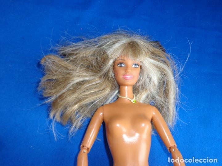Barbie y Ken: BARBIE - MUÑECA BARBIE NEGRA AÑO 1998 VER FOTOS! SM - Foto 2 - 240470460