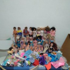 Barbie e Ken: GRAN LOTE DE BARBIE 40 PERSONAJES Y MUCHOS ACCESORIOS Y COMPLEMENTOS. Lote 241683945