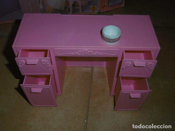 Barbie y Ken: Barbie tocador y mesita de noche - Foto 10 - 244749860