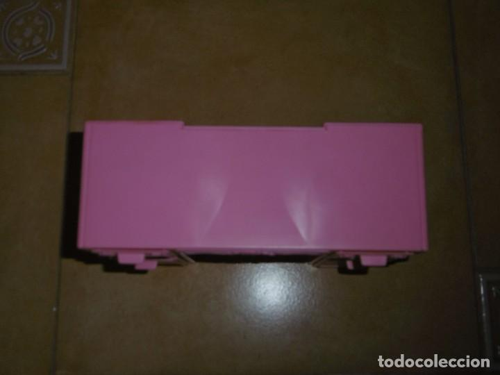 Barbie y Ken: Barbie tocador y mesita de noche - Foto 12 - 244749860