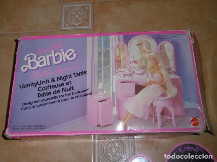 Barbie y Ken: Barbie tocador y mesita de noche - Foto 14 - 244749860