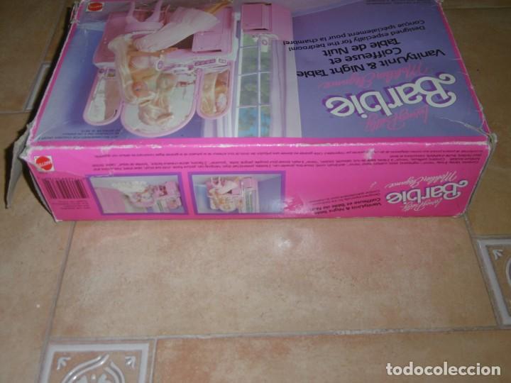 Barbie y Ken: Barbie tocador y mesita de noche - Foto 17 - 244749860