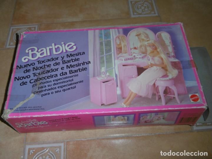 Barbie y Ken: Barbie tocador y mesita de noche - Foto 19 - 244749860
