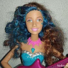 Barbie y Ken: MUÑECA BARBIE ROCK-N-REALEZA ERIKA. Lote 245119980