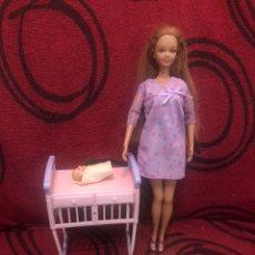 Barbie y Ken: BARBIE MIDGE HAPPY FAMILY 2003. Lote 245986725