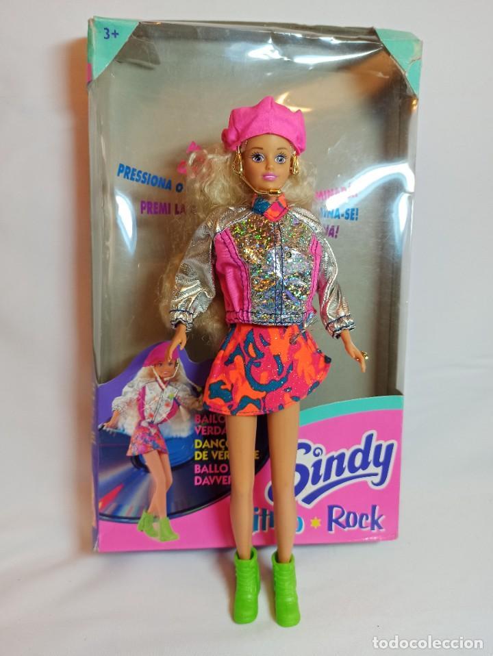 MUÑECA SINDY DE HASBRO RITMO ROCK CON LUCES (Juguetes - Muñeca Extranjera Moderna - Barbie y Ken)