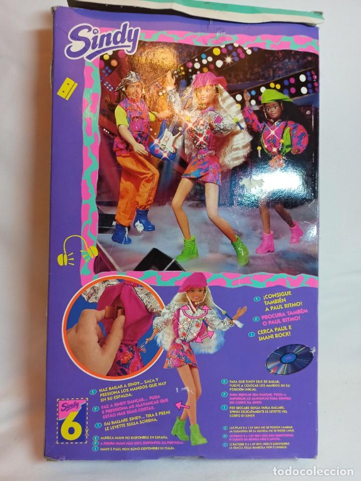 Barbie y Ken: Muñeca Sindy de Hasbro Ritmo Rock con luces - Foto 7 - 253905325