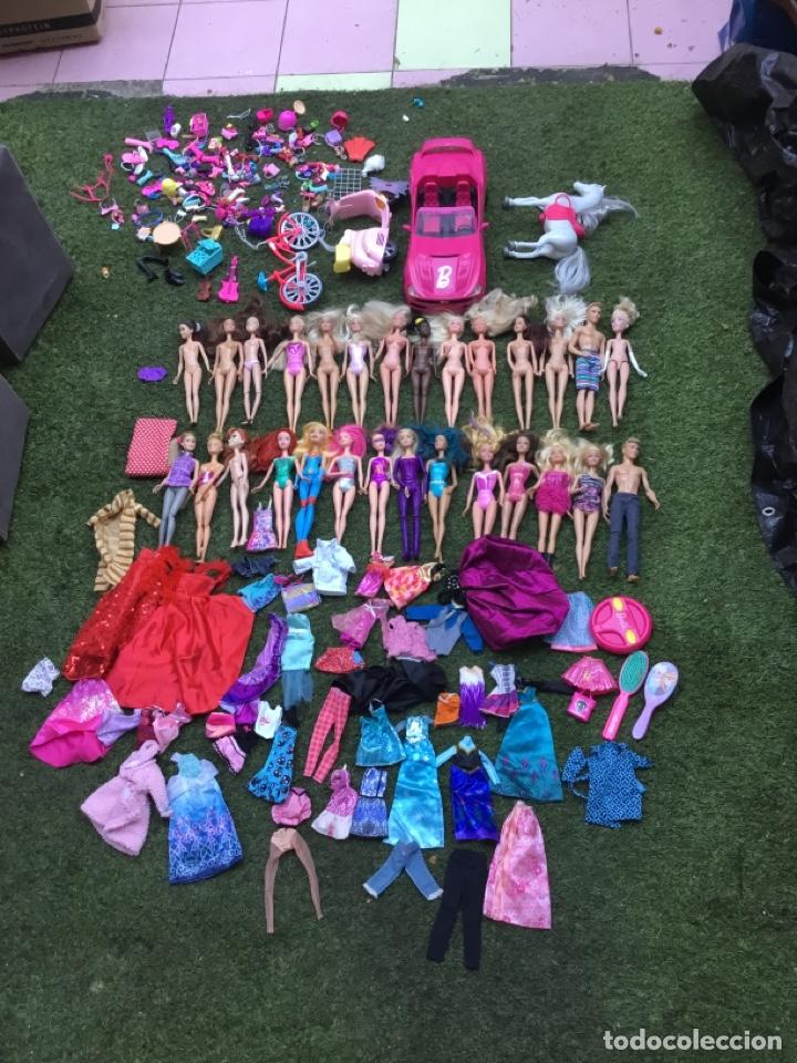 GRAN LOTE MUÑECAS BARBIE Y SUS ACCESORIOS. VER LAS FOTOS (Juguetes - Muñeca Extranjera Moderna - Barbie y Ken)