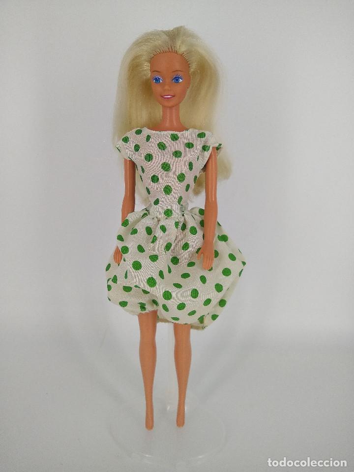 Barbie y Ken: Barbie Chic Spain con vestido original - Congost / Mattel Spain, 1988 - Foto 2 - 256080475