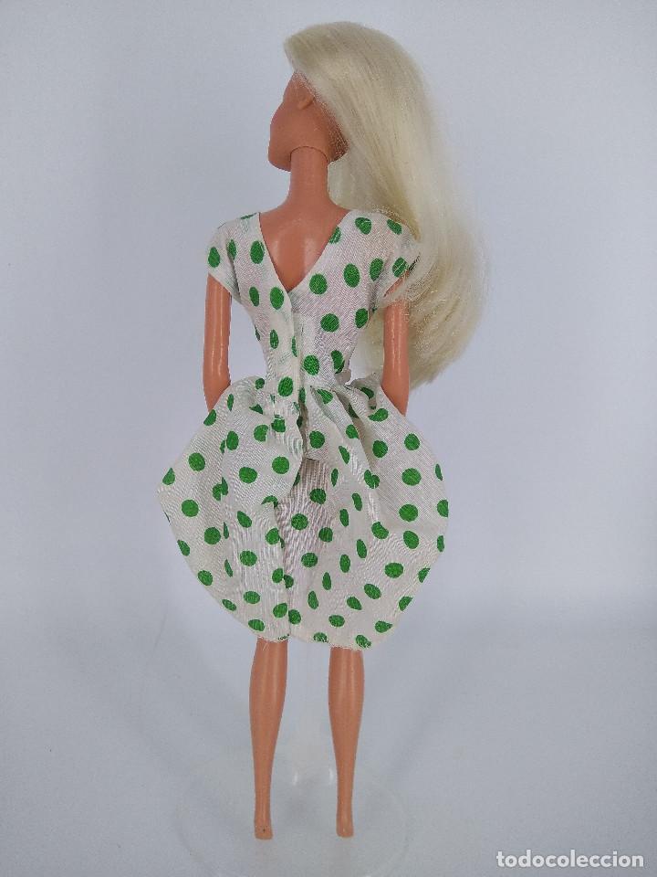 Barbie y Ken: Barbie Chic Spain con vestido original - Congost / Mattel Spain, 1988 - Foto 3 - 256080475