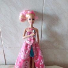Barbie y Ken: BARBIE CANTANTE 2011 MADE IN INDONESIA.. Lote 261615980