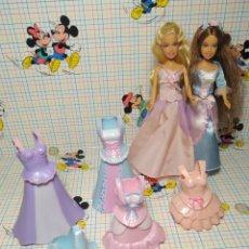 Barbie y Ken: LOTE DE 2 MINI BARBIES CON BESTIDOS. Lote 262953150