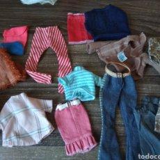 Barbie y Ken: LOTE ROPA MUÑECA TIPO BARBIE SINDY. Lote 262959245
