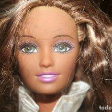 Barbie y Ken: MUÑECA BARBIE 1998. Lote 263043670
