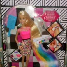 Barbie y Ken: PRECIOSA MUÑECA BARBIE RAINBOW HAIR-MECHAS ARCO IRIS, NUEVA, EN CAJA - MATTEL - 2014. Lote 269501993