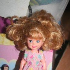 Barbie e Ken: MUÑECA BARBIE HERMANA 1999. Lote 277060543