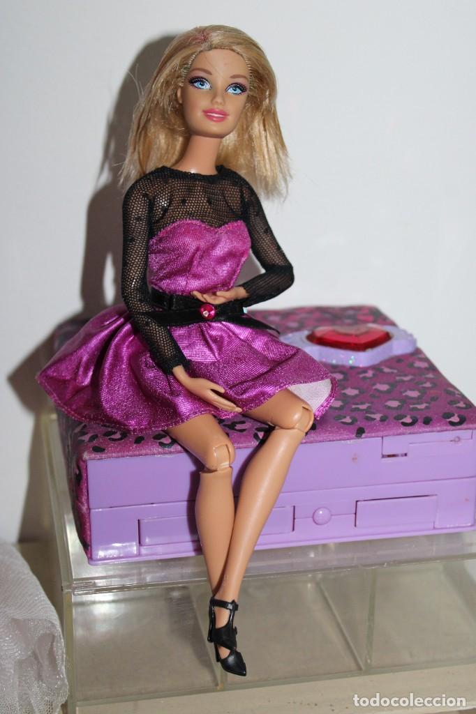 MUÑECA BARBIE 1998 - EN BUEN ESTADO (Juguetes - Muñeca Extranjera Moderna - Barbie y Ken)
