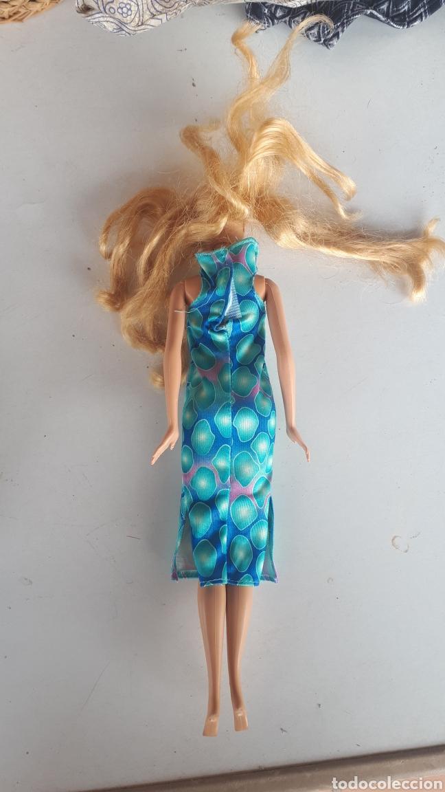Barbie y Ken: Barbie de Mattel 1998 vestido tubo largo azul - Foto 4 - 166937996