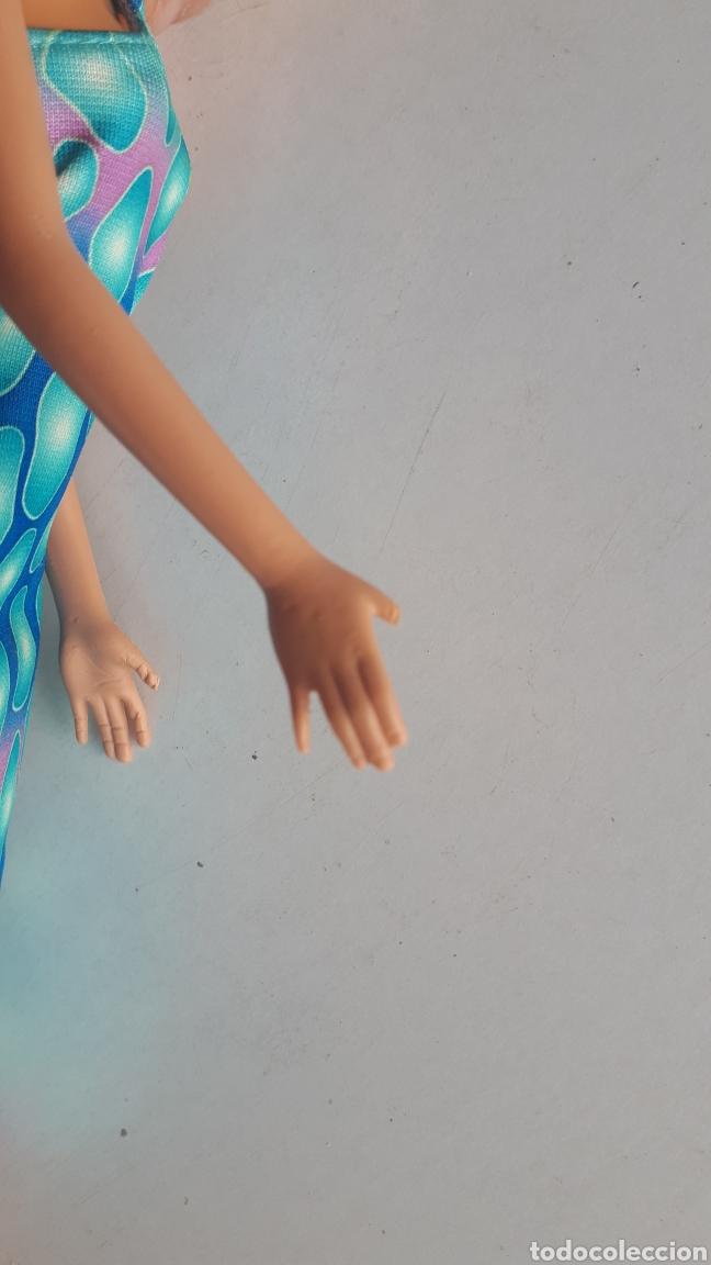 Barbie y Ken: Barbie de Mattel 1998 vestido tubo largo azul - Foto 8 - 166937996