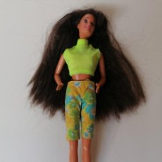 Barbie e Ken: 20 MUÑECA BARBIE MATTEL 1980 CONJUNTO VERDE MORENA PELO LARGO DOLL BARBI ALFREEDOM. Lote 291201003