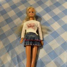 Barbie y Ken: ANTIGUA MUÑECA BARBIE FAMOSA RARA DESCONOZCO AÑO CONGOST ?. Lote 294478598