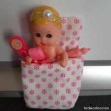 Barbie y Ken: BEBE BARBIE DE MATTEL CON ACCESORIOS. Lote 296839318