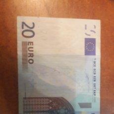 Billetes con errores: ERROR 2002 ESPAÑA DUISRNBERG 20 EUROS FALTA CASI TODA LA BANDA. Lote 153436724