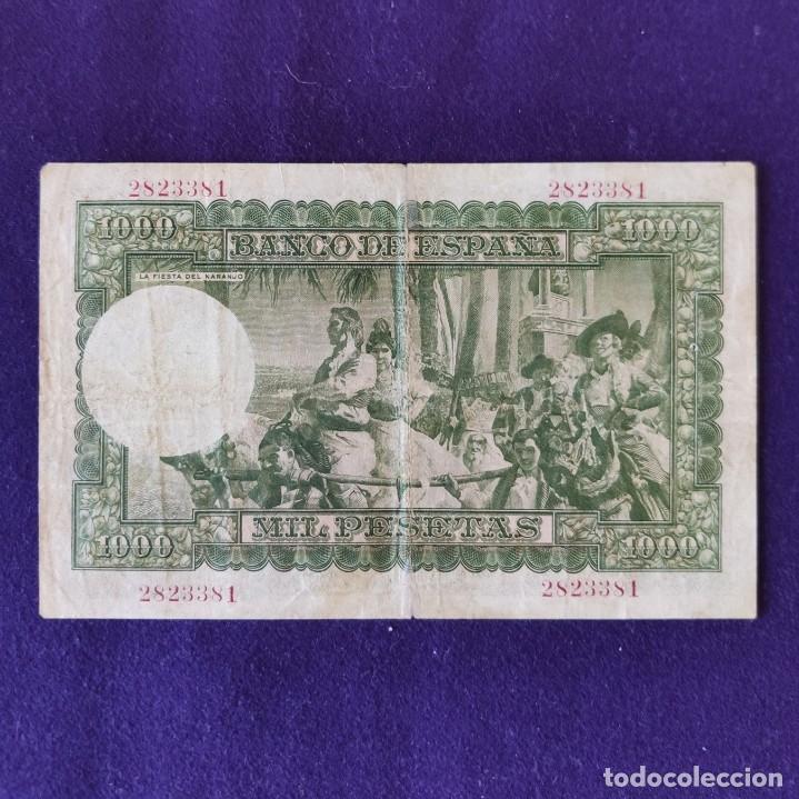 Billetes españoles: BILLETE ORIGINAL DE 1000 PESETAS. 1951. USADO. JOAQUÍN SOROLLA. - Foto 2 - 177663684
