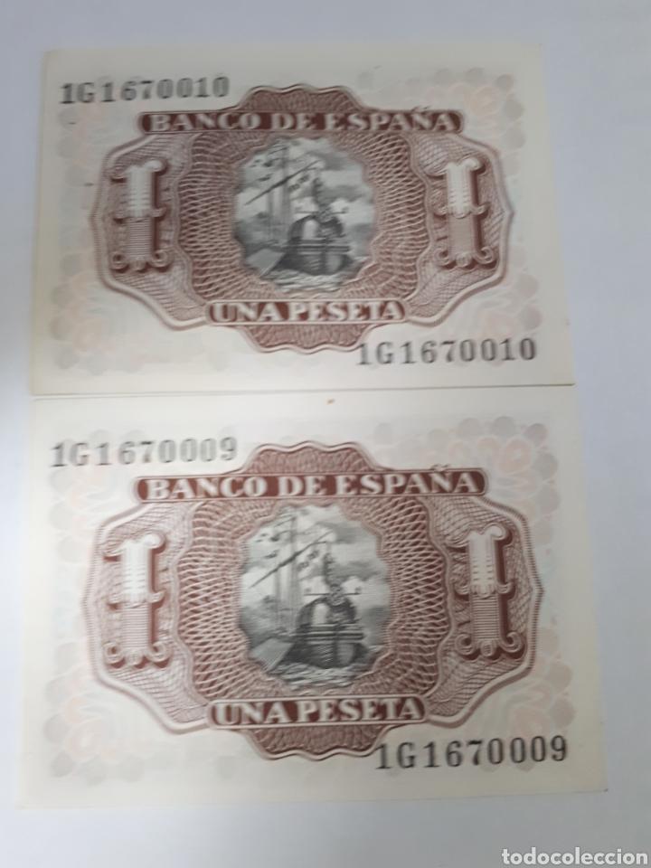 Billetes españoles: 2 BILLETES CORRELATIVOS EN PLANCHA DE 1 PESETA AÑO 1953 - Foto 2 - 179962601