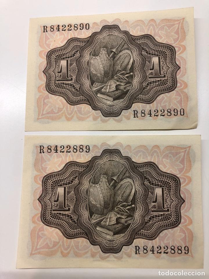 Billetes españoles: 2 billetes correlativos 1 una peseta 1951 - Foto 2 - 194224972