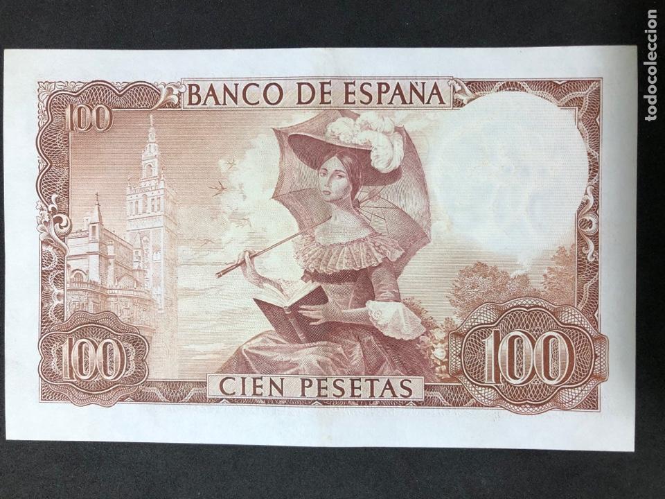 Billetes españoles: Pareja correlativa de billetes de 100 pesetas de 1965. Sin circular - Foto 3 - 257732235