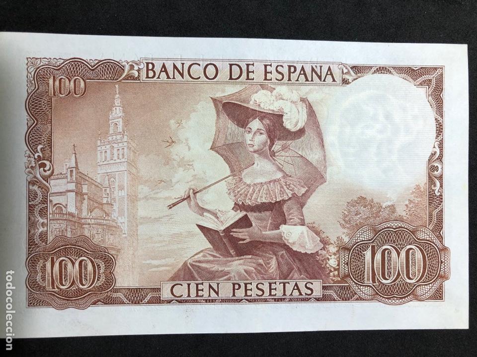 Billetes españoles: Pareja correlativa de billetes de 100 pesetas de 1965. Sin circular - Foto 6 - 257732235