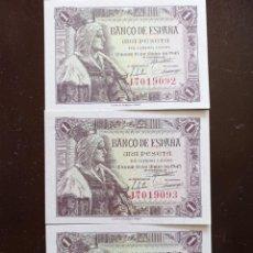 Billetes españoles: LOTE 3 BILLETES DE 1 PESETA 15 JUNIO 1945 ISABEL LA CATÓLICA SC M SIN CIRCULAR CORRELATIVOS SERIE J. Lote 257814240