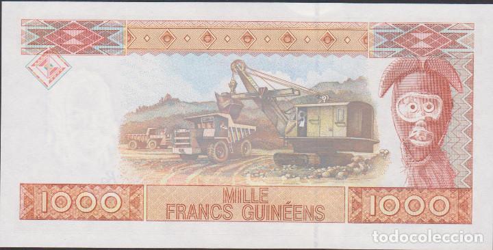 Billetes extranjeros: BILLETES - REPUBLIQUE GUINEE - 1000 FRANCS GUINEENS 1998 - SERIE AA 207628 - PICK-37 (SC) - Foto 2 - 179382708