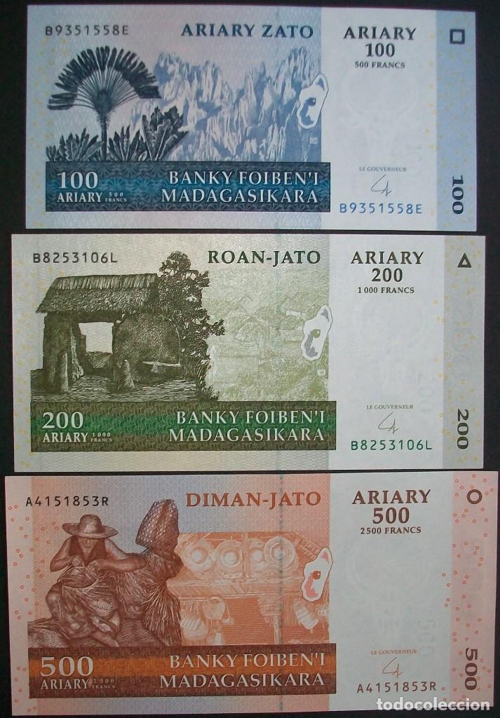200 Ariary UNC Madagascar 100 Set Picks 86-87 2004