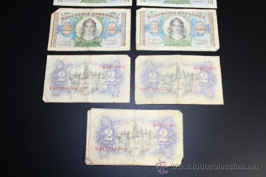 Lotes de Billetes: LOTE DE 15 BILLETES DE 2 PESETAS DE 1938 - REPÚBLICA - DIVERSAS SERIES Y CONSERVACIONES - Foto 2 - 38341290