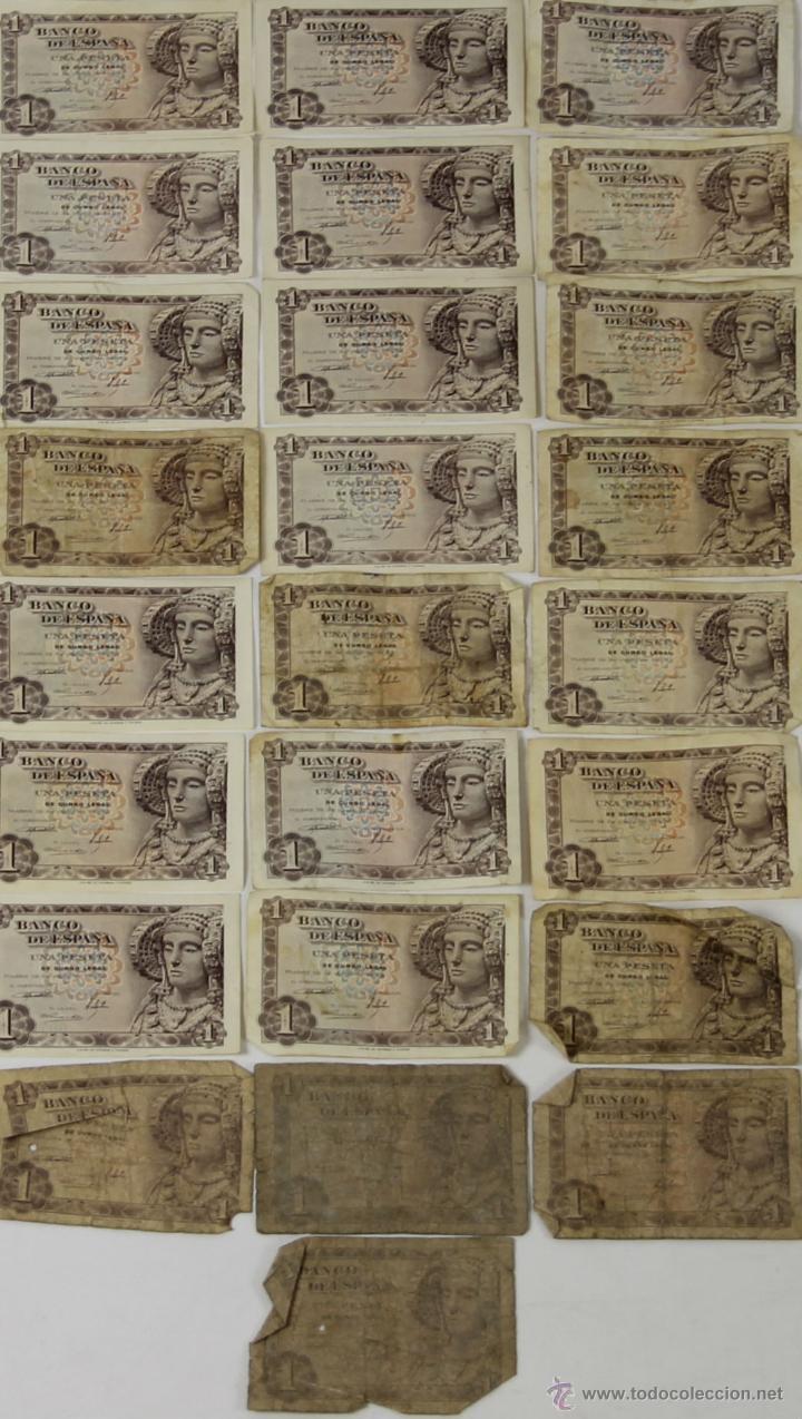 BI-033 - LOTE DE 25 BILLETES DE 1 PESETA. BANCO DE ESPAÑA. 1948. (Numismática - Notafilia - Series y Lotes)