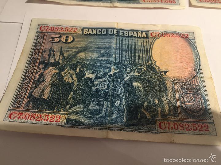 Lotes de Billetes: 3 billetes de 50 pesetas de 15 agosto de 1928 MBC - Foto 4 - 55685012
