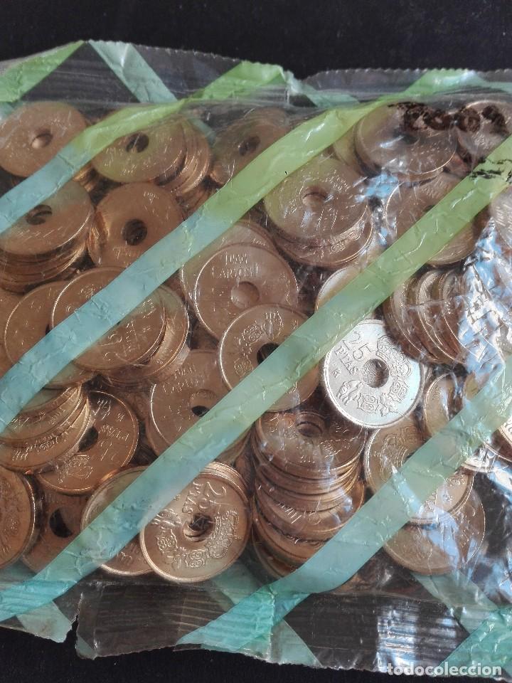 BOLSA 25 PESETAS DEL AÑO 2001 , FNMT F.N.M.T. 100 MONEDAS , OFICIAL, ORIGINAL (Numismática - Notafilia - Series y Lotes)