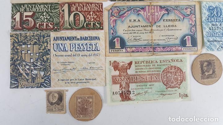 COLECCIÓN DE 9 BILLETES Y 4 SELLOS. ESPAÑA. 1937/1939. (Numismática - Notafilia - Series y Lotes)