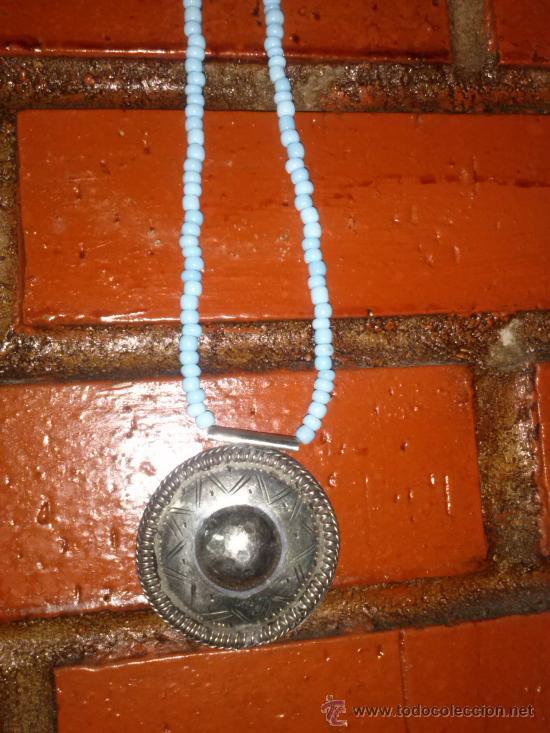 Joyeria: Collar de pequeñas turquesas con medallón en el extremo. 25,5 cms. - Foto 6 - 33798781