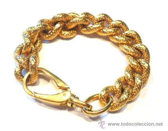 Pulseras elegantes de oro