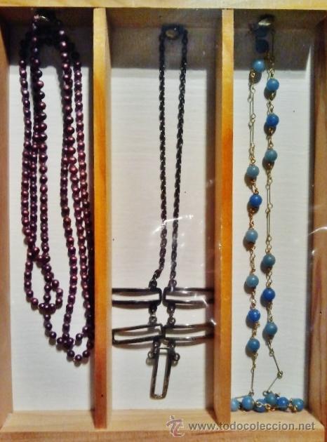 Joyeria: Lote de bisutería antigua. Consta de 3 collares y 4 broches de diferentes materiales. - Foto 3 - 39601782
