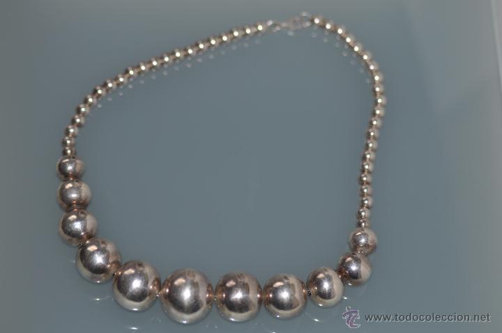 collar bolas de plata