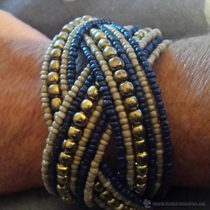 c6ee983dd278 curiosa pulsera trenzada con bolitas azules y b - Comprar Bisuteria ...